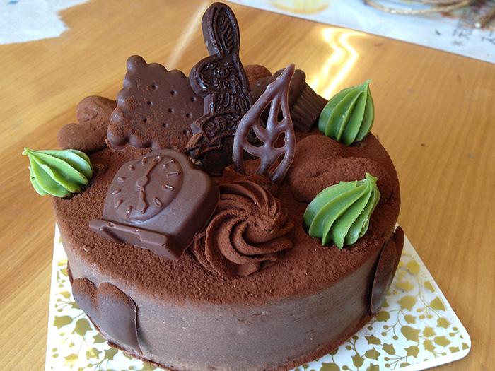 バレンタインデー用のチョコケーキと生チョコを店頭で販売、3月うさぎ、テイクアウトケーキ、大野城のケーキ屋さん