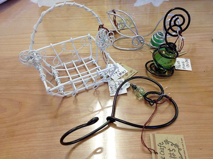 ワイヤークラフト教室 福岡県大野城市にある3月うさぎではワイヤークラフト教室を開いています